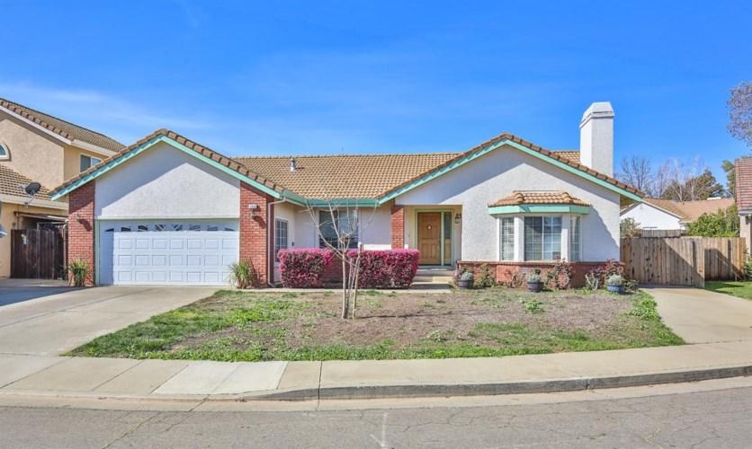 1012 Hillview Lane, Winters, CA 95694