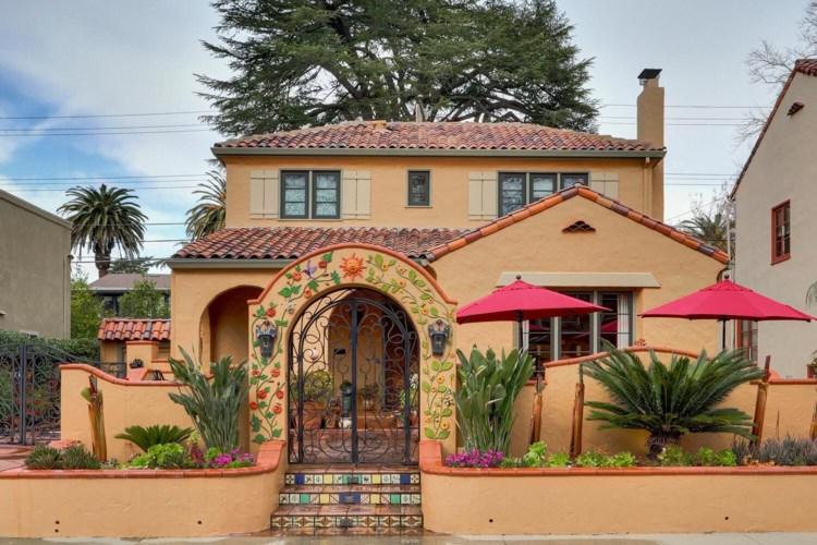 3215 I Street, Sacramento, CA 95816
