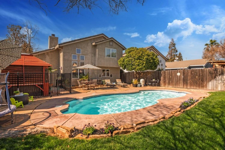 3451 Skyward Court, Sacramento, CA 95827