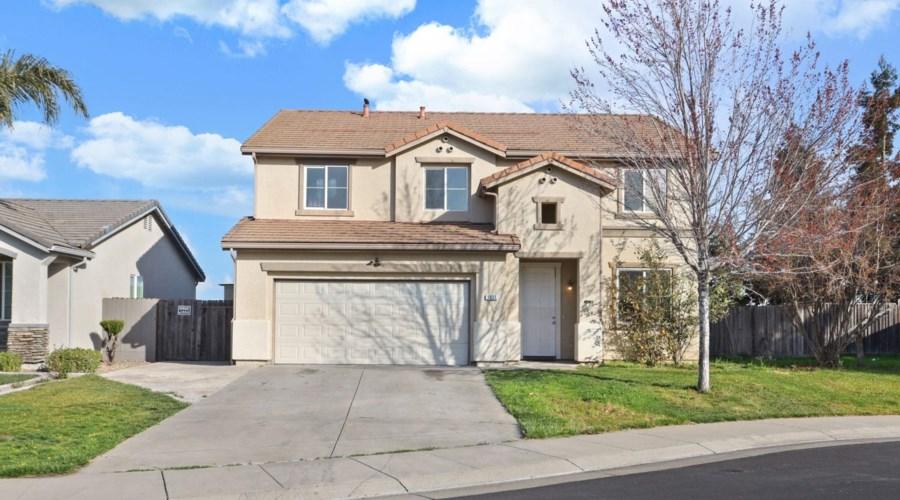 3035 Saxton Drive, Stockton, CA 95212