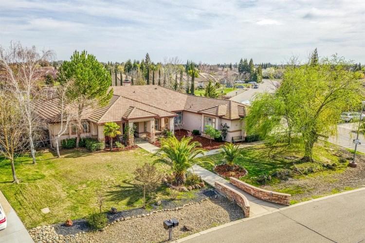 10261 Wildhawk Drive, Sacramento, CA 95829