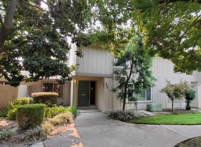 577 Leeward Way, Sacramento, CA 95831