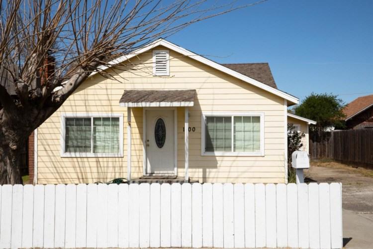 1100 W H Street, Oakdale, CA 95361