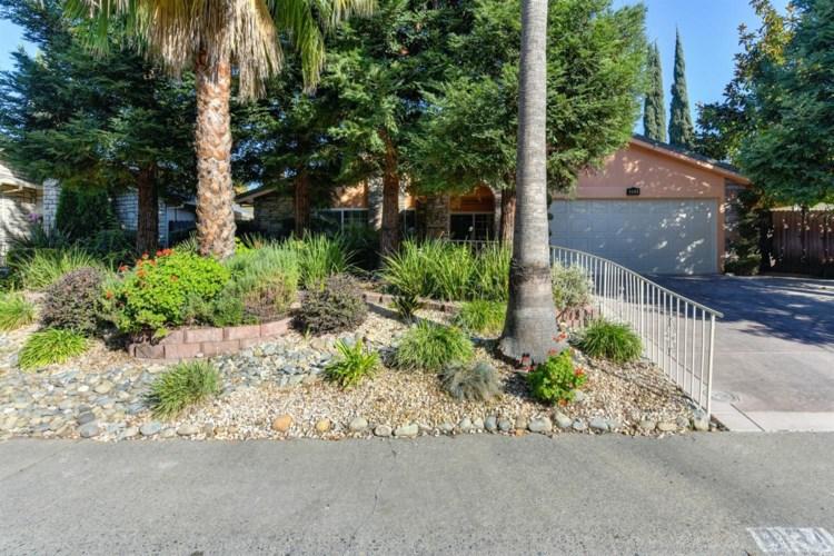 8134 Robert Creek Court, Citrus Heights, CA 95610