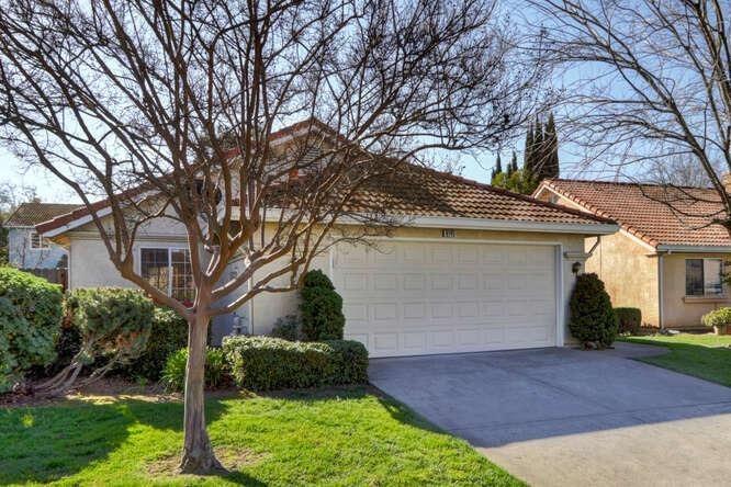 8145 Arroyo Vista Dr, Sacramento, CA 95823