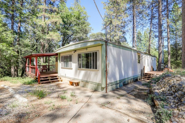 12629 Brookview Drive Circle, Grass Valley, CA 95945