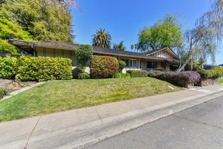 3951 Crondall Drive, Sacramento, CA 95864