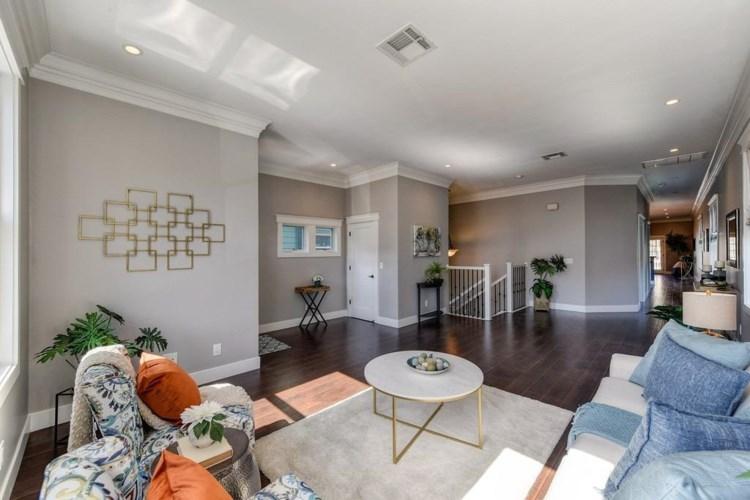 2407 Q Street, Sacramento, CA 95816