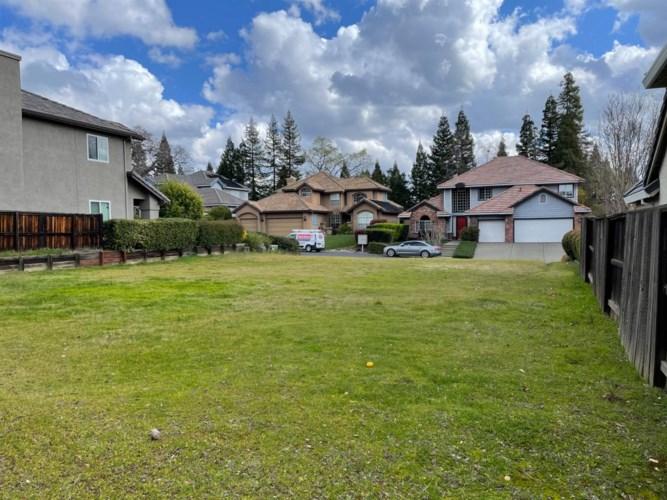 2667 Stockwood Drive, Roseville, CA 95661
