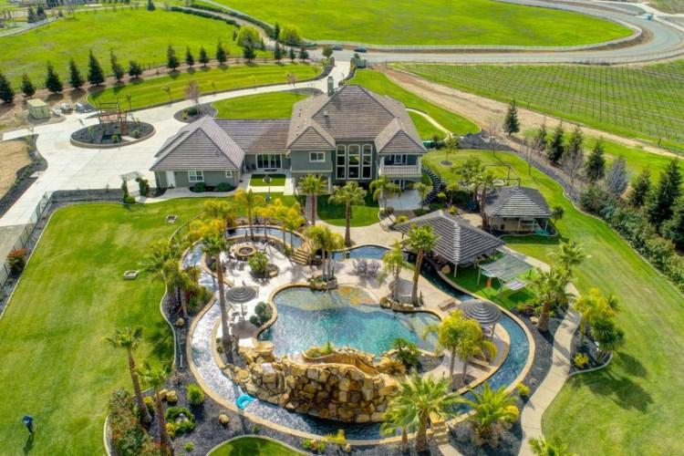 12500 Simpson Ranch Court, Wilton, CA 95693