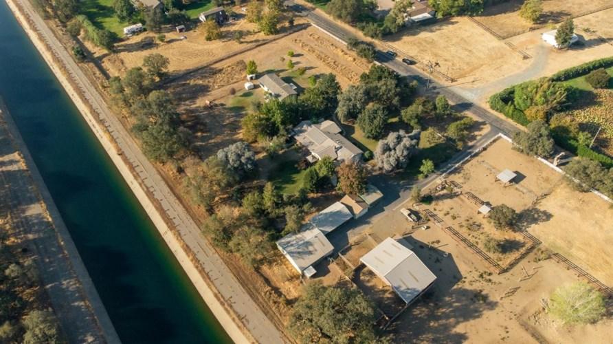 8761 Tavernor Road, Wilton, CA 95693