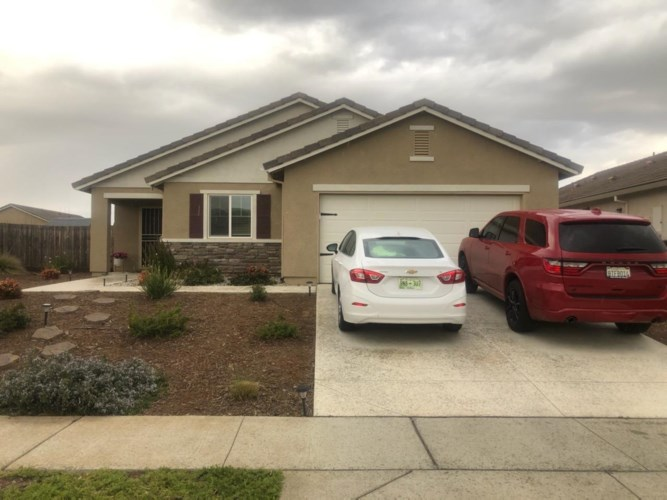 1105 Shooting Star Street, Plumas Lake, CA 95961