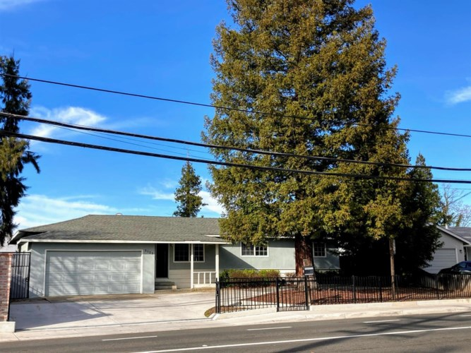 5123 Engle Road, Carmichael, CA 95608
