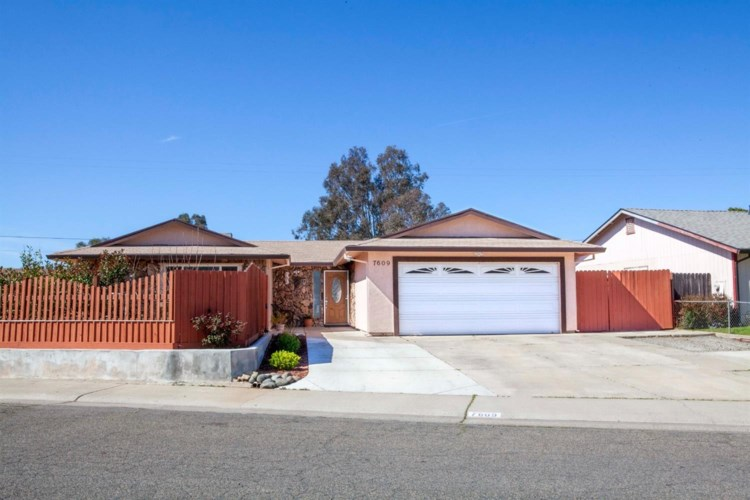 7609 10th Street, Elverta, CA 95626