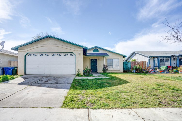 345 Las Brisas Street, Merced, CA 95341