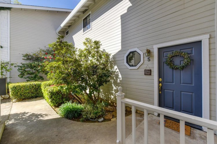 2497 Merrychase Drive  #5, Cameron Park, CA 95682