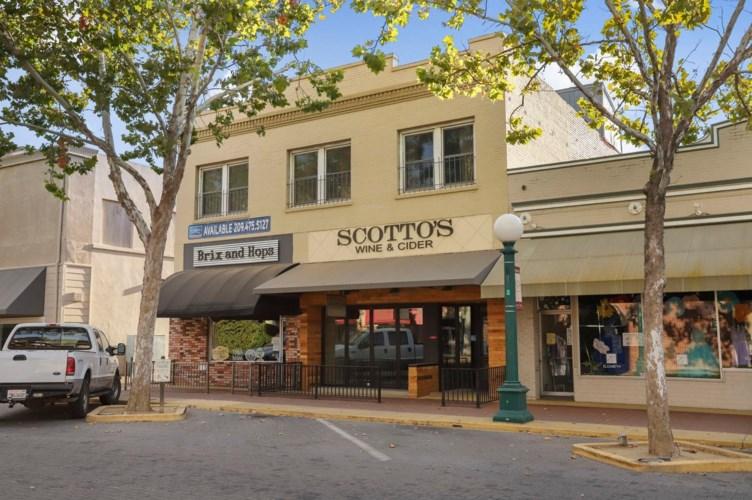 14 S School Street, Lodi, CA 95240
