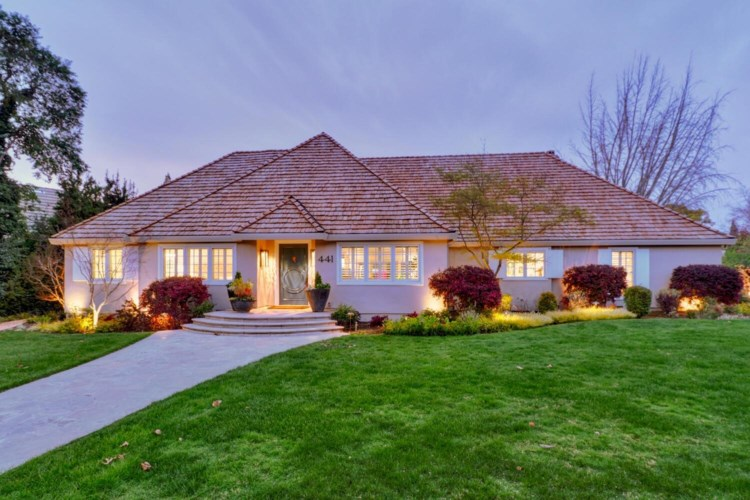 441 Hopkins Road, Sacramento, CA 95864