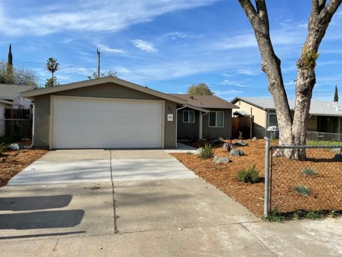 71 Redondo Avenue, Sacramento, CA 95815