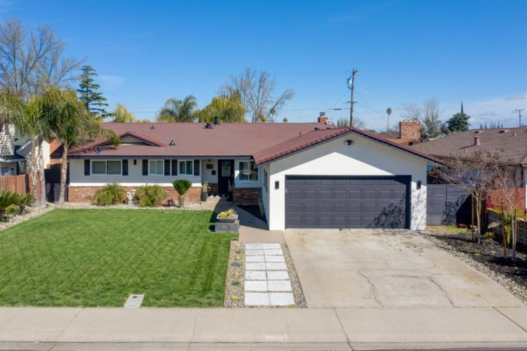 2305 Beachwood Drive, Ceres, CA 95307