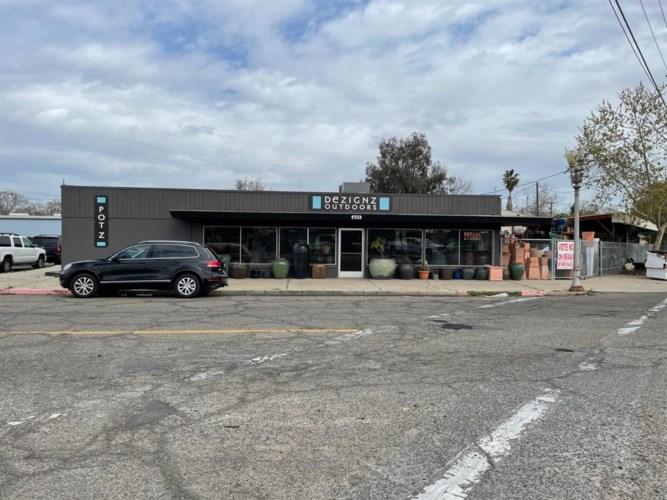 435 S Center Street, Turlock, CA 95380
