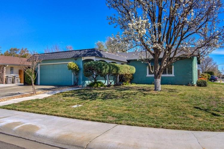 1729 Bella Casa Drive, Woodland, CA 95695