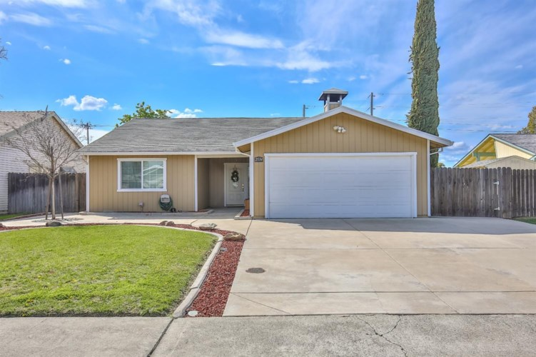 2534 Jacquelyn Lane, West Sacramento, CA 95691