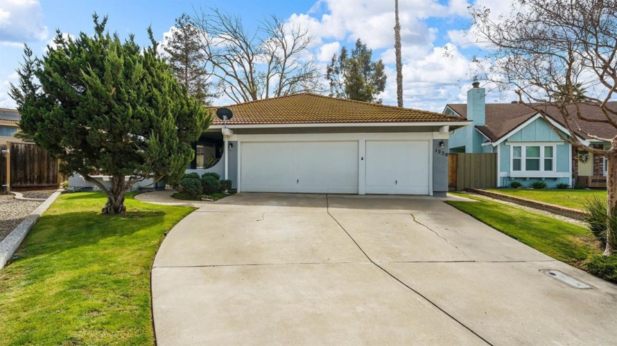 1230 Davis Cup Court, Tracy, CA 95376
