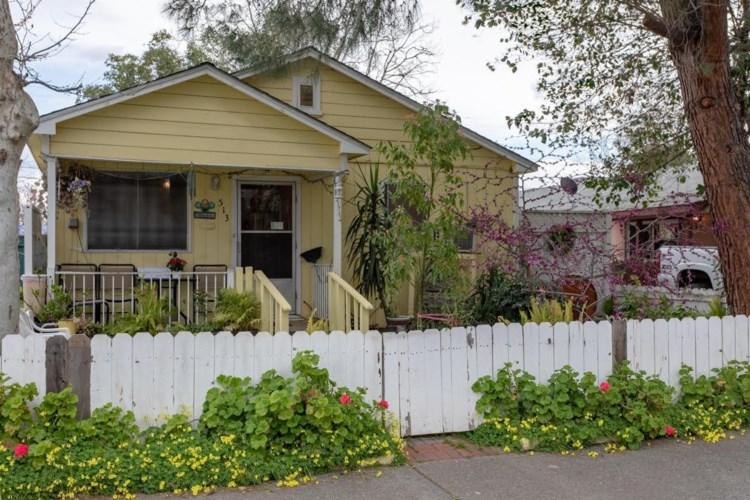 513 B Street, Roseville, CA 95678