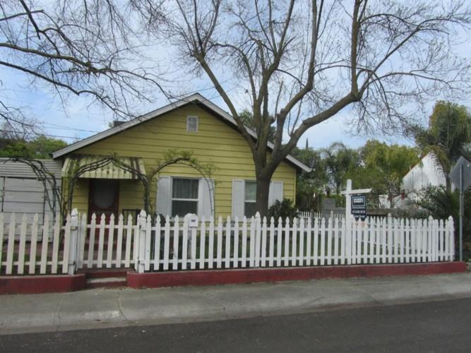 2053 Carlton Avenue, Stockton, CA 95204