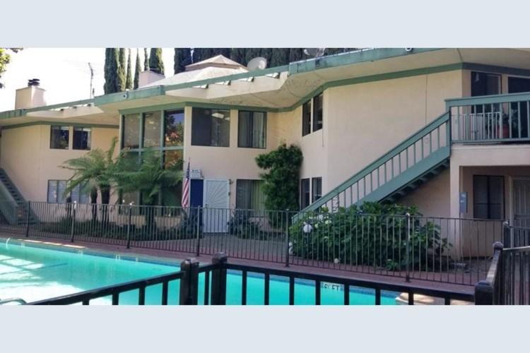 5911 Newman Court  #6, Sacramento, CA 95819