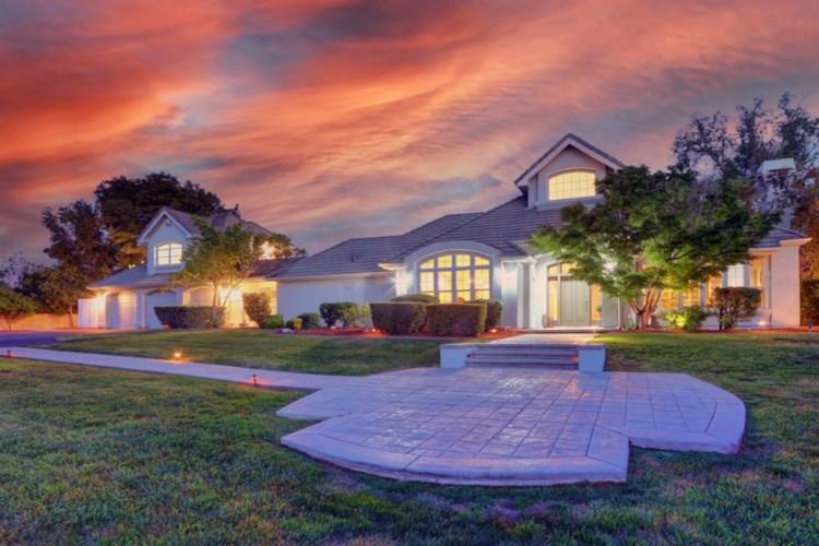 8716 Casa Del Rio Lane, Fair Oaks, CA 95628