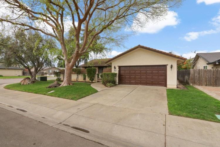 867 Kramer Drive, Lodi, CA 95242
