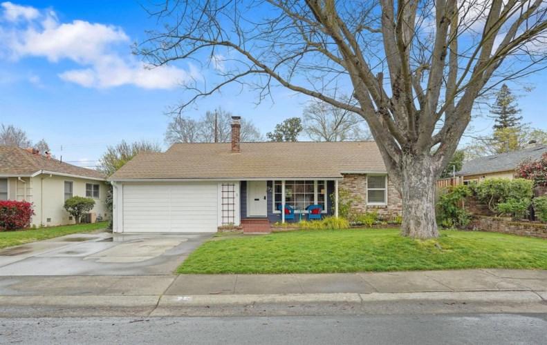 97 Aiken Way, Sacramento, CA 95819