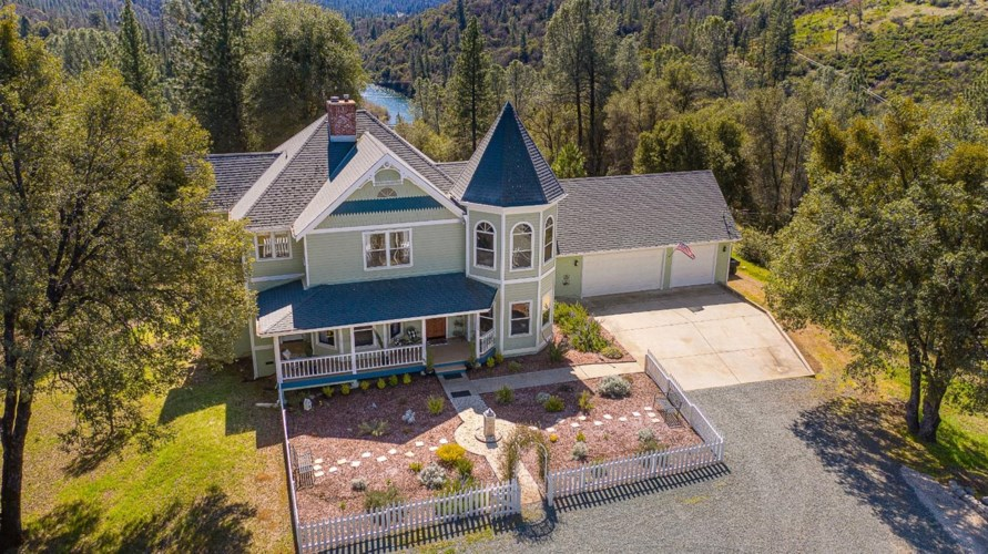 23189 Wild Iris Lane, Grass Valley, CA 95949