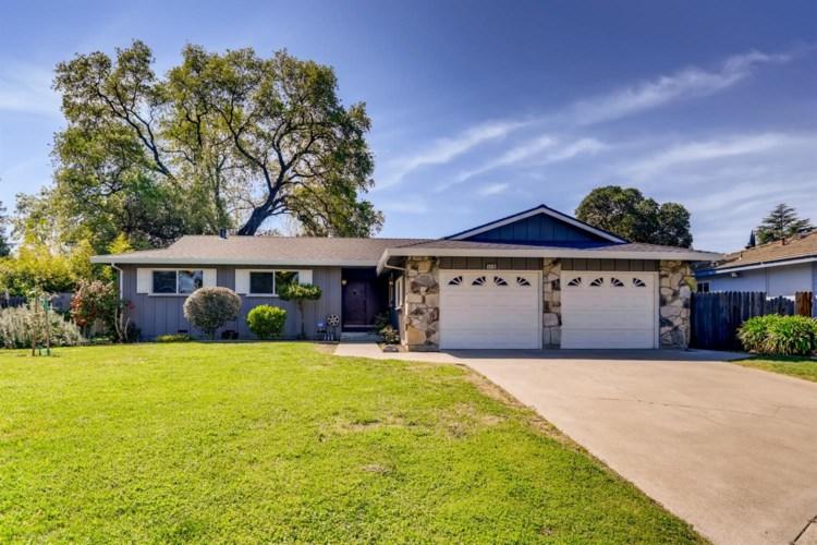 5516 Pinecone Court, Sacramento, CA 95841