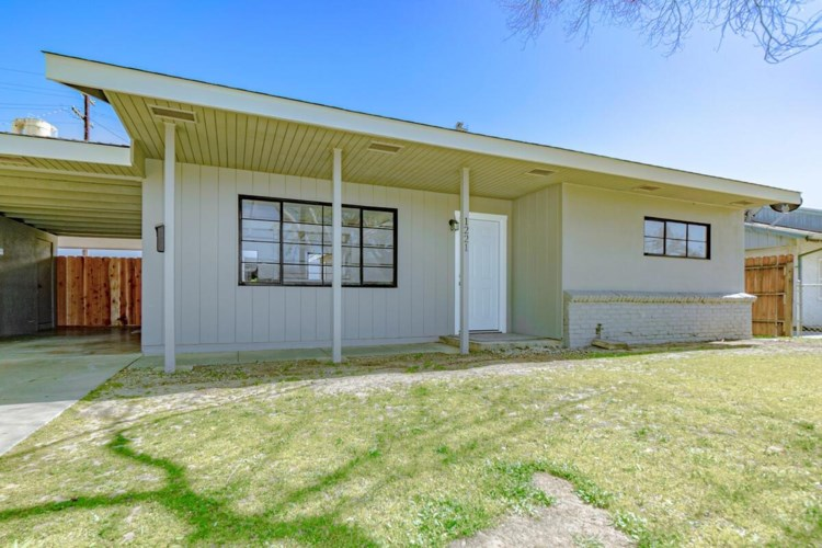 1221 6th Street, Woodland, CA 95695