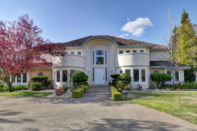 3855 Country Park Drive, Roseville, CA 95661