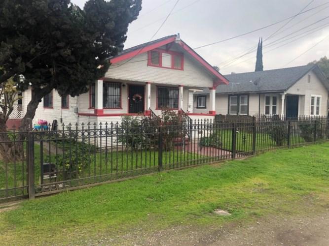 1424 W Hazelton Avenue, Stockton, CA 95203