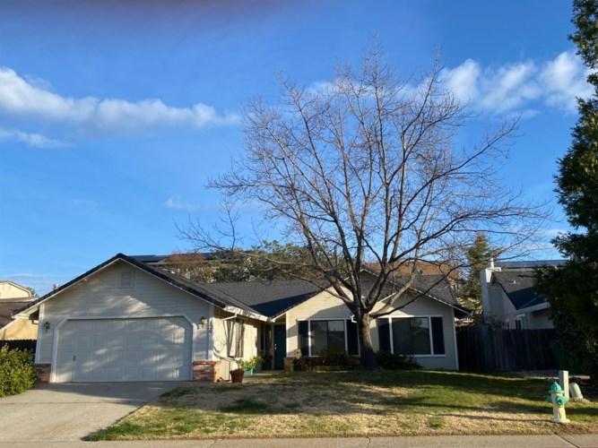 120 Castlemont Drive, Grass Valley, CA 95945