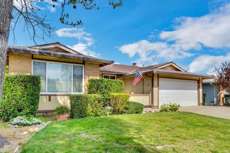 8833 Garden Glen, Sacramento, CA 95826