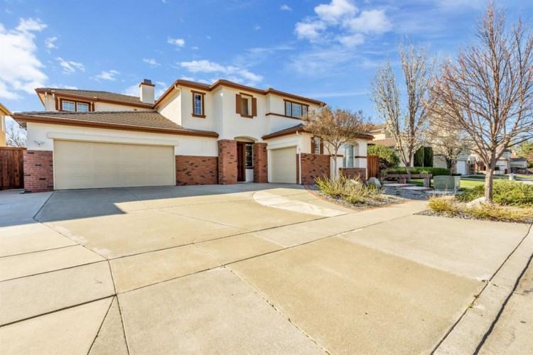 2968 Shasta Way, West Sacramento, CA 95691