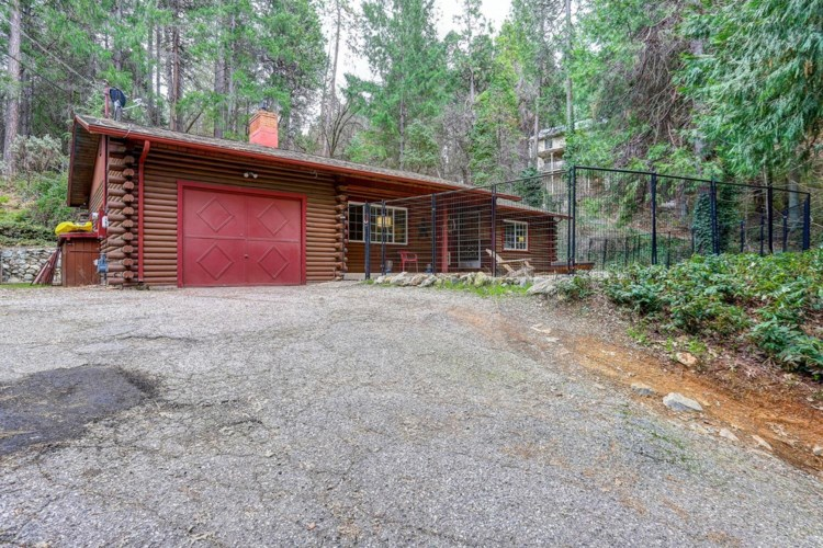 10870 Footwall Drive, Grass Valley, CA 95945