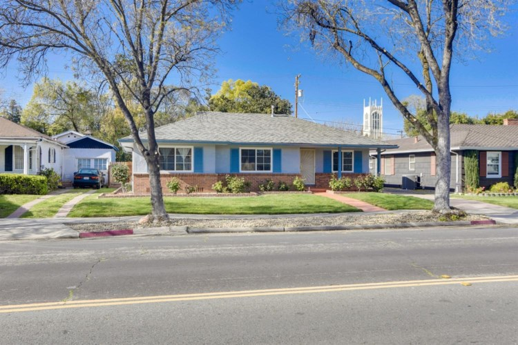 825 W Alpine Avenue, Stockton, CA 95204