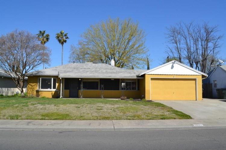 3631 Bolivar Avenue, North Highlands, CA 95660