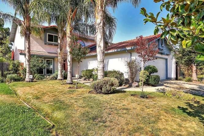 3211 Lakeshore Court, Stockton, CA 95219