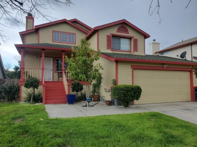 912 Crater Avenue, Modesto, CA 95351