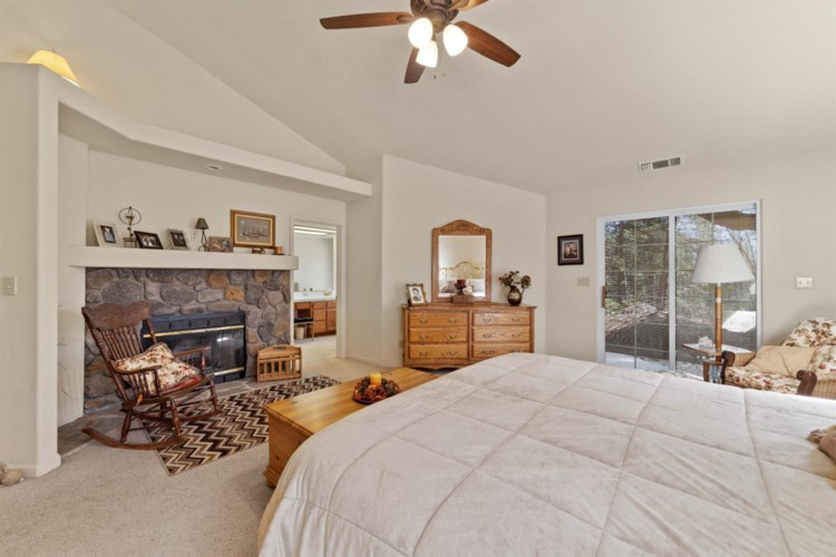 12254 Pine Crest Drive, Grass Valley, CA 95949