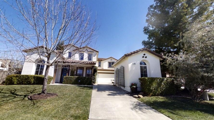 1739 Iverson Way, Sacramento, CA 95835