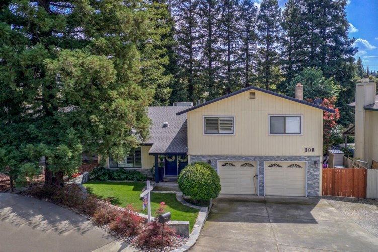 908 Fawn Court, Roseville, CA 95661